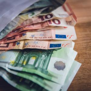 フランス ニースの物価は、高い? 学生1ヶ月の生活費はどれくらい?