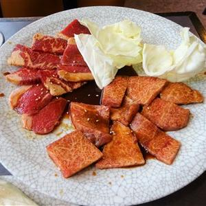 筑紫野市旧3号線沿いの焼肉のかわはら二日市本店で定食ランチ!名物のトロトロ豚足を持ち帰り