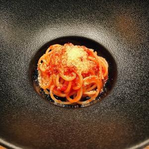 ~神戸 ヴァカンツア~ 神戸のオシャレエリア、山手で食べる贅沢イタリアン。オリーブオイルが主役の究極トマトパスタ。