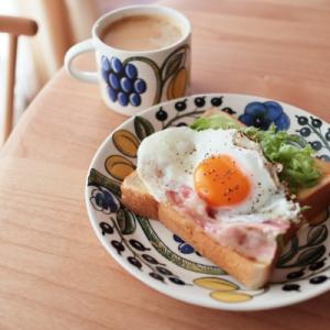 今朝の簡単朝パンと娘のこと。