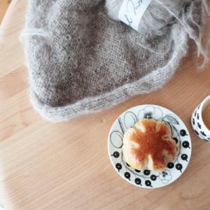 くるみレーズンパンでお茶タイムと手織りのストール開始