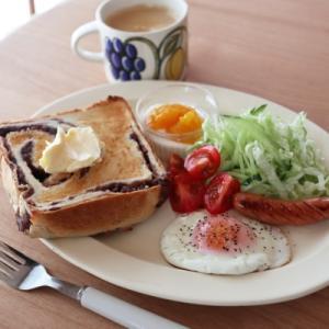 朝食・昼食・刺繍