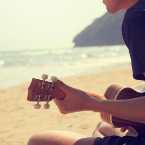 ギタリスト、ギター好きにおすすめのウクレレ【Fender、Epiphone】