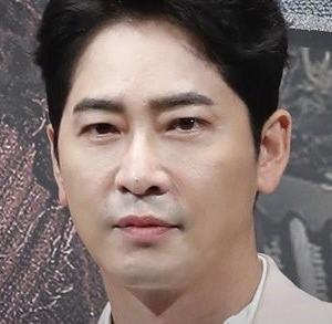 【カン・ジファン「性暴行疑惑控訴審で謝罪」】< 韓国の風−3163>