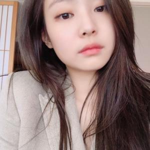 【BLACKPINKジェニー「インスタグラムに写真公開」】< 韓国の風−3271>
