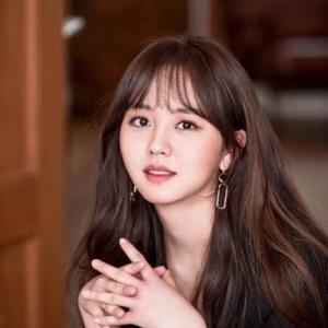 【キム・ユジョン「さわやかな近況を公開」】< 韓国の風−3301>