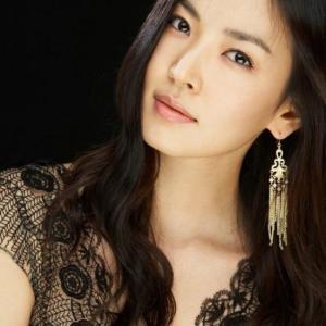 【キム・ソヨン「蠱惑的なウェディングドレス姿」】< 韓国の風−3382 >