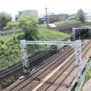 阪急、JRの交差地点に寄ってみました