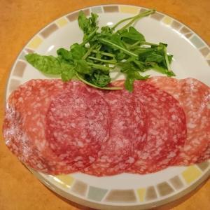 サイゼリアのミラノ風サラミを4倍美味しく食べる方法