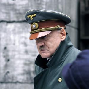 映画『ヒトラー 〜最期の12日間〜』あらすじ、キャスト、登場人物