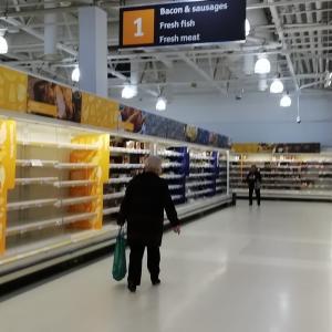 スコットランドのスーパー:生鮮食品が消えました