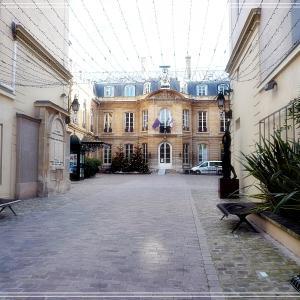 パリの区役所