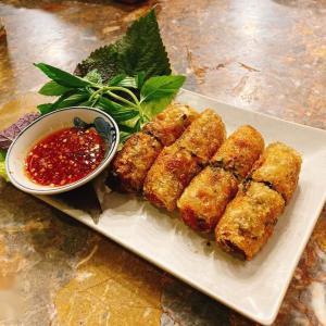 """在住者が本当においしいと超絶勧めるベトナム料理屋""""Di Mai Restaurant"""""""