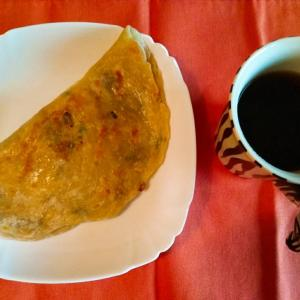 台湾のおうちごはん|蔥抓餅(蔥油餅)のアレンジレシピ