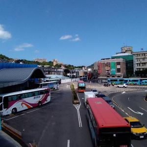 基隆駅周辺のバス停案内|5か所を使い分ける