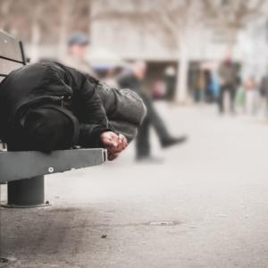 米国のホームレスは黒人の占める割合が高いことが判明