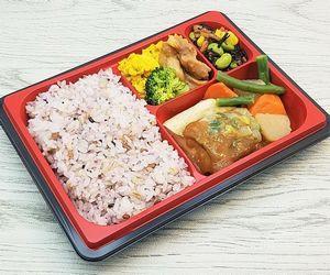 セブンミール・日替わり弁当「さばの味噌煮と雑穀入りご飯」も食べました