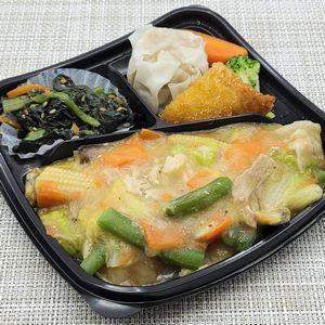 銀座萌黄亭の冷凍弁当「八宝菜弁当」を食べました