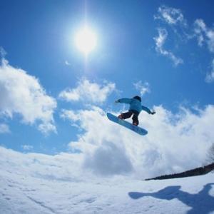 次男の自閉症を全く気にしない長男、今日はスキー場に連れて行ったぞ!