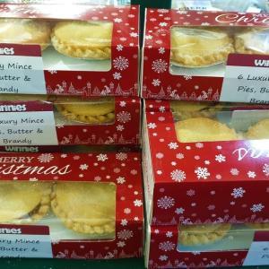 イギリスのクリスマスのお菓子とは 今年も食べるミンスパイとクリスマスプディングのフランベを紹介