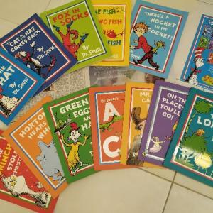 Dr. SeussのBooks Setを大人買い! 孫に読み聞かせをする日は来るのか!?