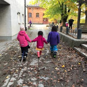 スウェーデンって本当に子育てしやすいの?制度からみる日本が真似すべき点とは