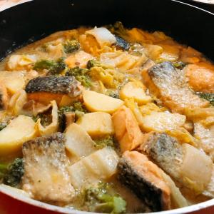 Healthy Japanese Recipe -Salmon Nabe(soup)