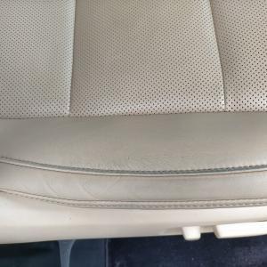自動車内装修理#327 トヨタ/アルファードHV エグゼクティブラウンジ 革シート 劣化・ひび割れ・擦れ補修