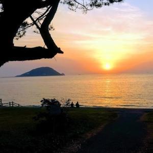 志賀島から夕日を見る