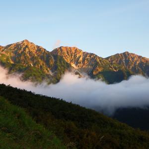 秋雨前線停滞のお盆・・・唯一のピーカンを狙え、唐松岳①