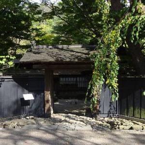 秋田県・仙北市「角館 武家屋敷通り」醤油あいすがありました。|д゚)チラッ