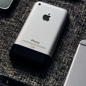 iPhone12とiPhone12 Pro違いを比較!買うならどっちがいい?スペック・性能を徹底解説