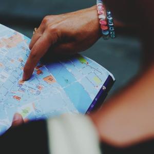 スペイン旅行のおすすめガイドブック!旅行の目的別にどれがいいか紹介