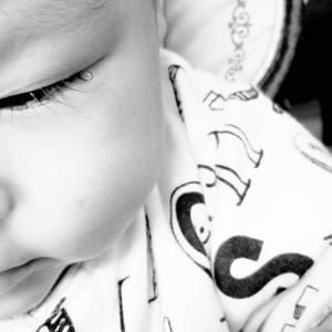 """生後7ヶ月検診は""""目やに""""で再診察に。"""