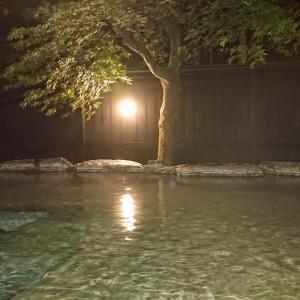 部屋に大露天風呂が付いてる宿、羽州路の宿 あいのり(青森県)