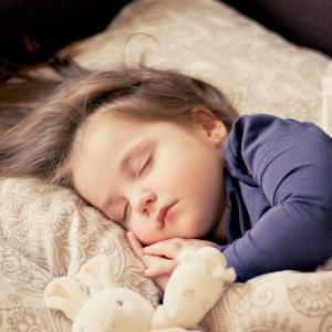 『セロトニン』と『メラトニン』をうまく分泌させてよい睡眠をとろう!