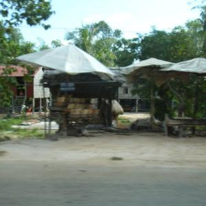 カンボジア旅行3-12シェムリアップへ。そして、マーケット・晩ごはん・エステ。【過去編】