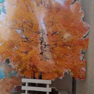深まりゆく秋の別荘に新たにお目見えしたのは…