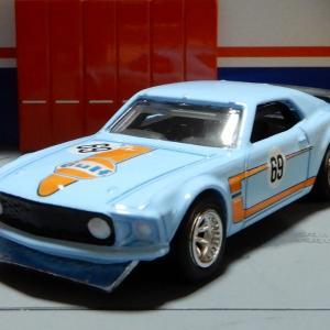 1/64 フォード マスタングBOSS 302 Gulf ホットウィール