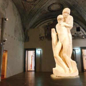 レオナルドとミケランジェロの未完成作品!スフォルツェスコ城