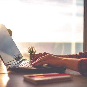 最近多いSEO依頼はウェブサイト制作&記事更新のセットプラン