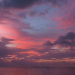 砂浜で 夕空撮影・・・・ タイムスリップ?  ~ 私の初恋は・・・・💛 Part1