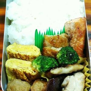 お弁当と白菜たっぷり餃子