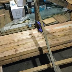 屋根裏断熱と収納床増設