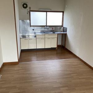 漆喰が塗られた部屋しかも和風トイレ物件に申し込みあり!どこまでリフォームすれば良いの?