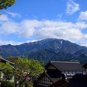 残雪の恵那山