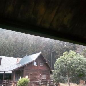 東吉野ログ生活84日目・朝から雨が