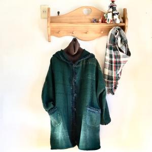 明るい気持ちで新しい年を迎えるための一枚になったらいいなあ・・・オーダー手織コートができました。