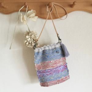 裂織りコースlesson②は織った裂織り布でサコッシュを作ります。