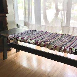 裂織りマットは Tシャツで織りました。